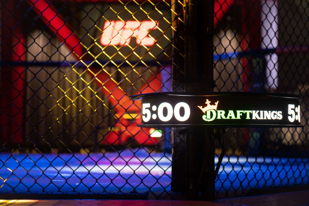DraftKings Fight Clock UFC